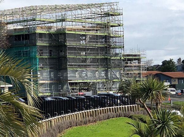 St Andrews Scaffolding - Bell Scaffolding - High-end Commercial and Light Industrial Scaffolders